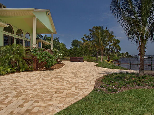 US Pavers | Byrd Tile Outdoor Spaces